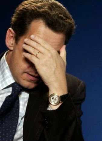 Sarkozy en prière
