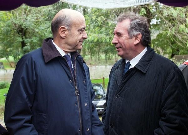 Francois-Bayrou-remet-droite_0_730_429