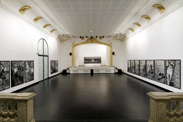 nice-theatre-de-la-photographie-salle